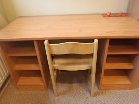 Pracovní stůl pro individuální práci